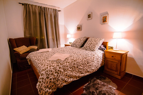 Bedroom with a Queen size bed - Els Refugis Canillo
